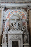 VATICAN - SEPTEMBER 25: Interior of Saint Peters Basilica Royalty Free Stock Photos