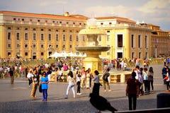 Vaticano da opinião do quadrado do ` s de St Peter fotografia de stock