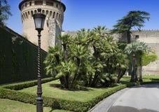 VATICANO 20 DE SETEMBRO: A torre de Ioann de Saint nos jardins do Vaticano o 20 de setembro de 2010 no Vaticano, Roma, Itália Imagens de Stock