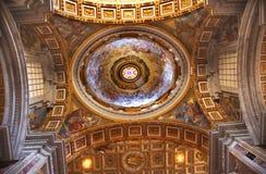 Vatikaan binnen de Mooie Koepel Rome Italië van het Plafond stock fotografie