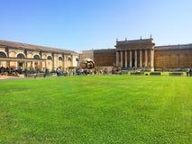 Vatikaan - een heilige plaats, het hart van Christelijke cultuur en godsdienst royalty-vrije stock foto