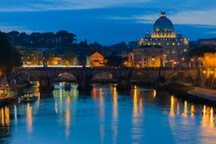 Vatikaan en de Tiber-rivier Royalty-vrije Stock Foto's