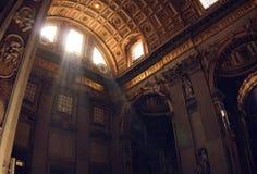 Vatikaan. St. Peter het binnenland van de Kathedraal. royalty-vrije stock foto