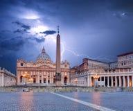 Vatikan, Rom mit Blitz Stockbild