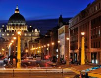 Vatikanstadt bis zum Night Lizenzfreie Stockfotos