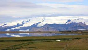 Vatnajokullgletsjer in IJsland stock video