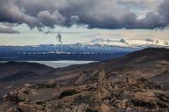 Vatnajokullgletsjer zoals die van Askja-vulkaanhooglanden wordt bekeken van IJsland Scandinavië stock fotografie