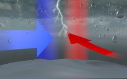 Vatten bombarderar, bildande för droppe för regn för himmelmolnstormen Royaltyfria Bilder