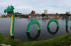 Vatten Dragon Lego Sculpture Royaltyfri Foto