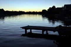 vatten för Australien noosaqueensland solnedgång Arkivfoton