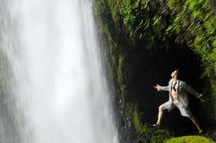 vatten för fallsoregon tunnel Fotografering för Bildbyråer