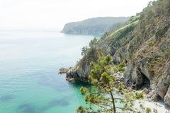 vatten för sikt för oklarhetshavsky Naturbakgrund med inget Morgat Crozon halvö, Brittany, Frankrike royaltyfri fotografi