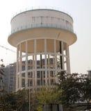 vatten för torn för byggnadslagringsbehållare Royaltyfri Foto