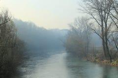 Vatten och dimma arkivbilder