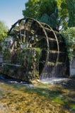 Vatten rullar in Provence, Frankrike royaltyfri foto