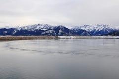 Vattenbehållare sjön, Schmittenhöhe, Zell f.m. ser, Österrike Arkivfoton