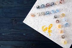 Vattenfärg och färgläggning vid nummer måla på kanfas vid nummer Royaltyfri Foto