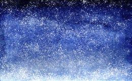 Vattenfärgblått borstar himmel för natten för designen för slaglängdlutningbakgrund med stjärnor arkivfoton