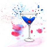 Vattenfärgillustration av den blåa coctailen i martini exponeringsglas Royaltyfri Bild
