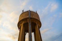 Vattenförsörjningbehållare Arkivfoto