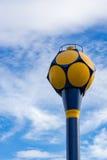 Vattenförsörjningbehållare med bakgrund för blå himmel Arkivfoton