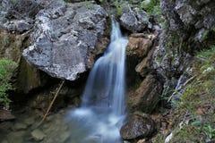 Vattenfall av födelsen av den Guadalquivir floden royaltyfria foton
