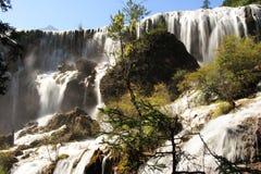 Vattenfall av Huanglong Arkivbilder