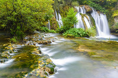Vattenfall av Martin Brod, Bosnien och Hercegovina Fotografering för Bildbyråer