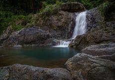 Vattenfall El Ataud i Puerto Rico Arkivbild