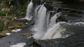 Vattenfall en sikt från över stock video