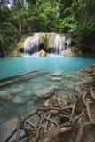 Vattenfall Eravan, i Kanchanabury, Thailand Royaltyfri Fotografi