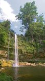 vattenfall för cascadaha-misol Arkivbilder