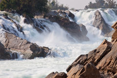 vattenfall för champasakkhonglaos peng pha royaltyfri foto