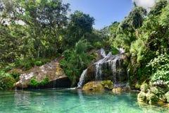 Vattenfall för El Nicho i Kuba Arkivbild