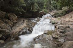 Vattenfall för Mae Sa Arkivfoto