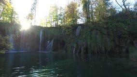 vattenfall för plitvice för croatia lakesnationalpark sostavtsy croatia stock video