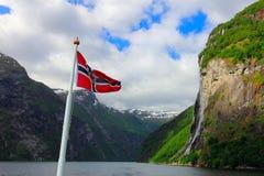 Vattenfall för sju systrar - geirangerfjord, Norge Arkivbilder