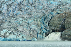 vattenfall för alaska glaciärjuneau mendenhall Royaltyfri Fotografi