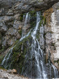 Vattenfall i bergen av Kaukasuset Royaltyfri Foto