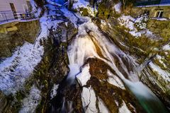 Vattenfall i dåliga Gastein under vinter Royaltyfri Fotografi