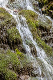 Vattenfall i de Carpathian bergen Royaltyfria Foton