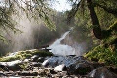Vattenfall i de tyrolean alpsna Royaltyfri Foto