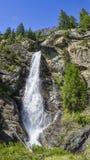 Vattenfall i den Lillaz kaskaden Arkivfoto