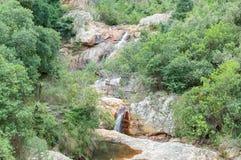 Vattenfall i den Poort floden Arkivbilder
