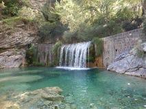 Vattenfall i den Rio Barbaira strömmen, Rocchetta Nervina, Liguria Royaltyfri Foto