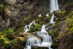 Vattenfall i den Waterhole klyftan Arkivfoton