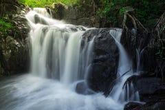 Vattenfall i det löst Royaltyfri Fotografi