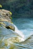 Vattenfall i Forest Of Belize Arkivfoto