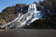 Vattenfall i Hardanger, Norge Royaltyfri Foto
