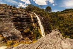 Vattenfall i Ibitipoca royaltyfria bilder